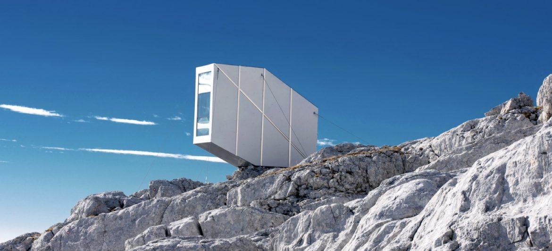 Winter Cabin Mount Kanin / OFIS arhitekti © Janez Martincic