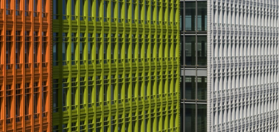 Central Saint Giles, designed by Renzo Piano, sets new facade standards with colorful NBK terracotta.