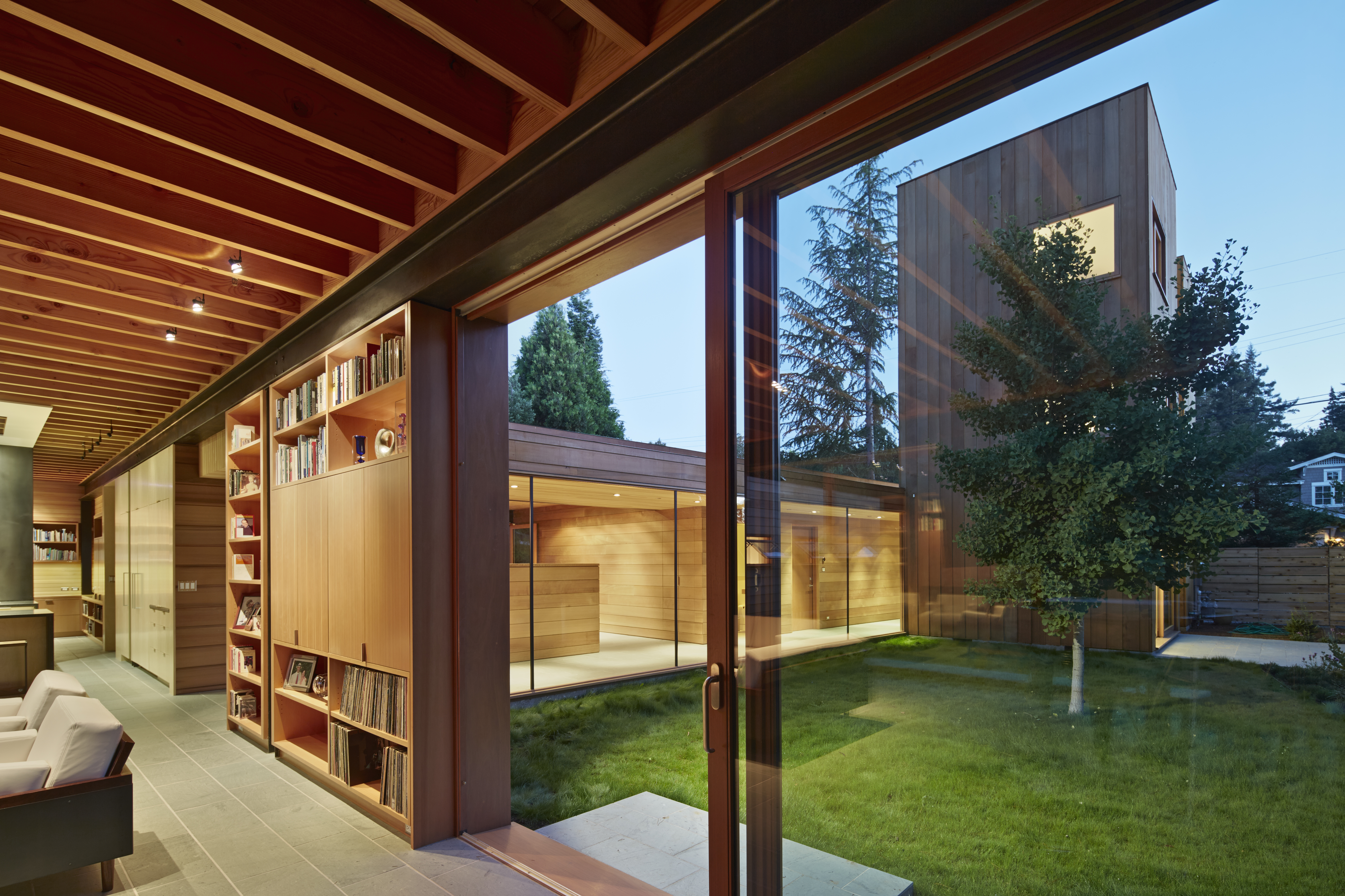 SAW | Low/Rise House, Menlo Park, California, 2013. Credit by Bruce Damonte